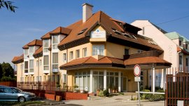 AQUA Hotel Termál & Family Resort  - családi nyaralás csomag
