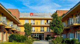 Royal Club Hotel  - kedvező ajánlat