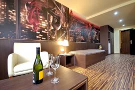 Corvin Hotel & Gyulai Wellness Apartmanok  - karácsonyi akció