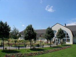 Hotel Ovit  - adventi hétvége csomag